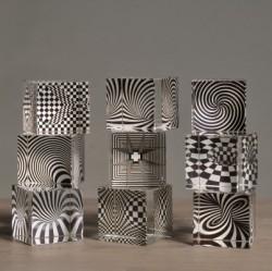 Acrylwürfel, Op Art